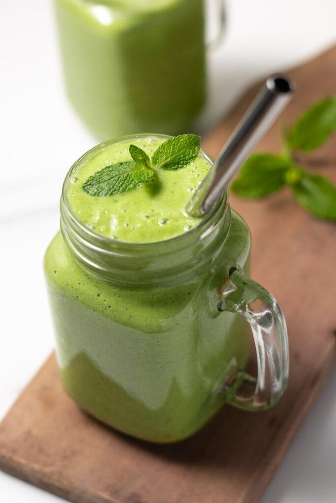 Keto brakfast smoothie with protein power